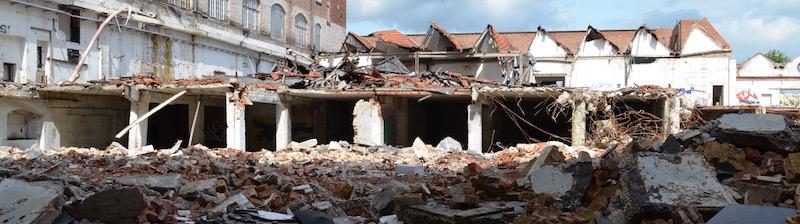 Auferstanden aus Ruinen